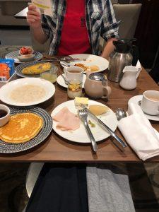 Shangri-La Sydney - breakfast